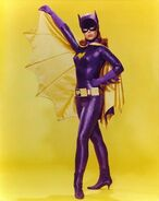 Yvonne-Craig-Batgirl-image-2-475x600