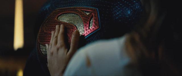 File:Batman v Superman 24.png