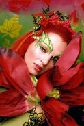 Poison Ivy (Uma Thurman) 11