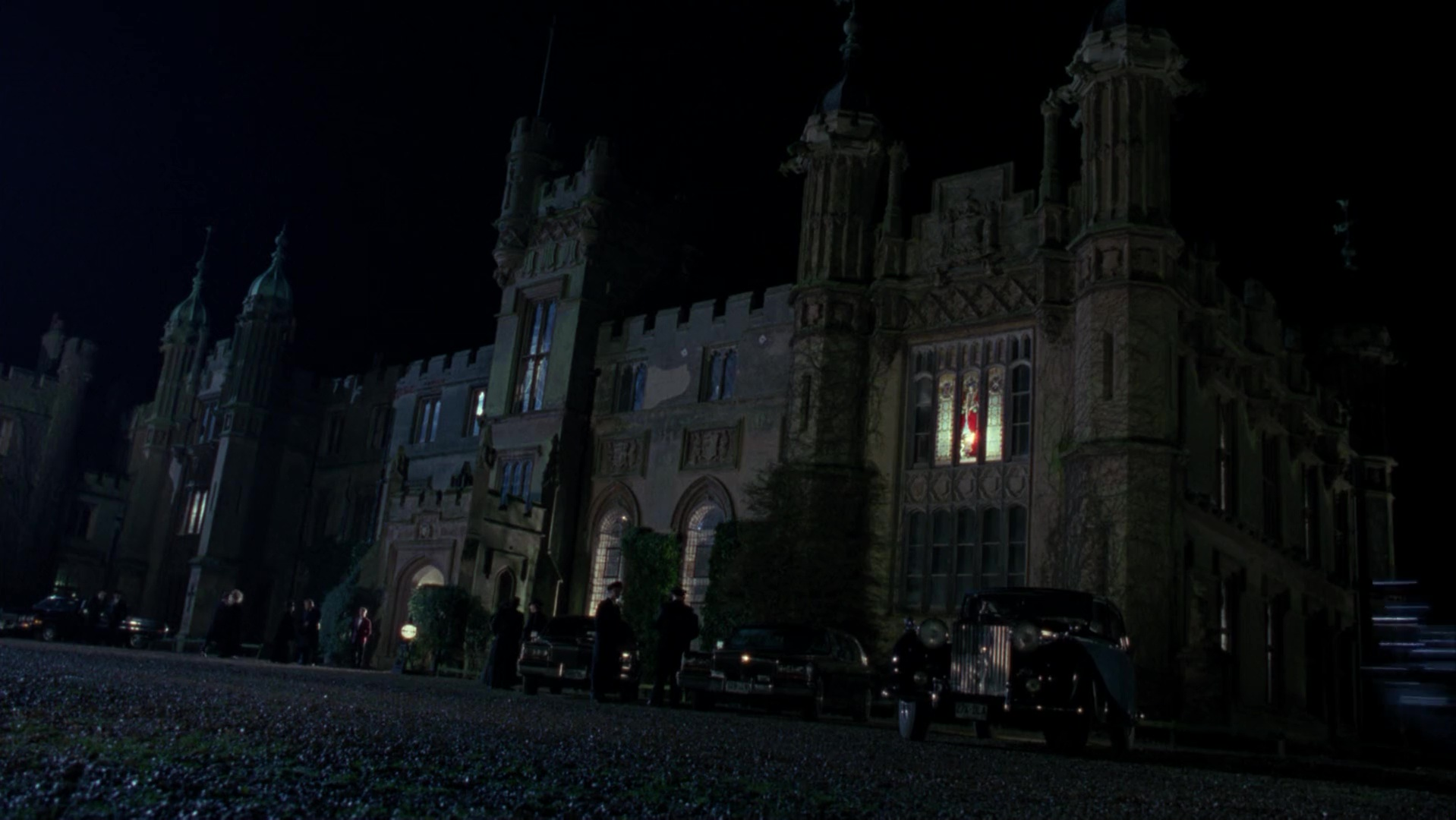 File:1989WayneManor2.jpg