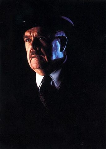 File:Gordon in Batman Forever.jpg