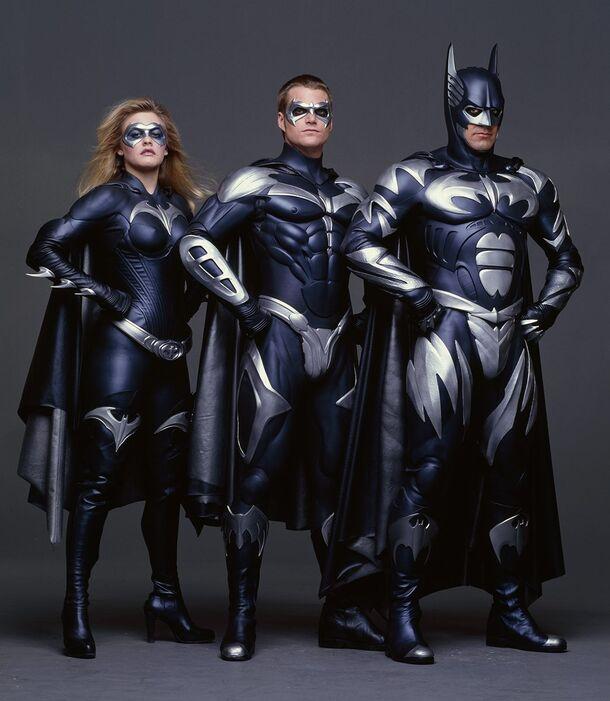 File:BatmanRobinGroup1.jpg
