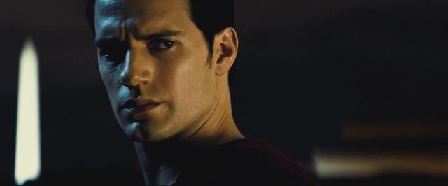 File:Batman v Superman 23.png