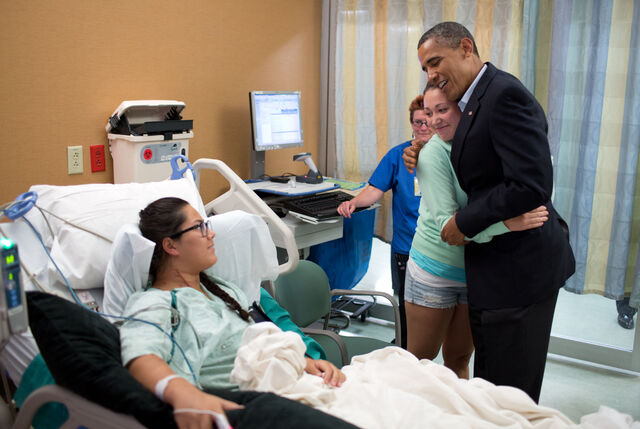 File:Barack Obama visiting victims of 2012 Aurora shooting.jpg