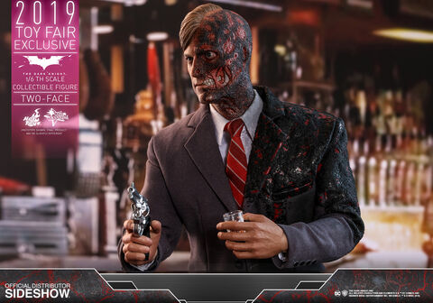 File:Two face 1 6 scale figure.jpg