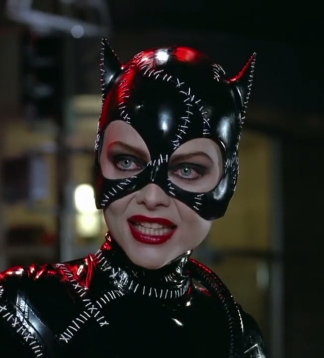 File:Catwoman-michell-pfeiffer.jpg