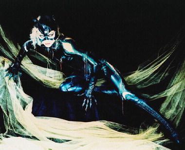File:Batman Returns - Catwoman 7.jpg