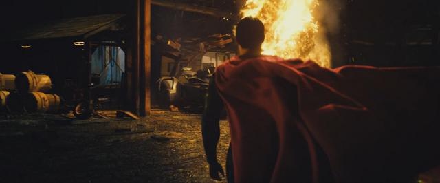File:Batman v Superman 71.png
