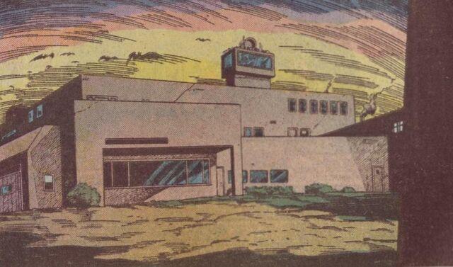 File:Gotham State Penitentiary.jpg