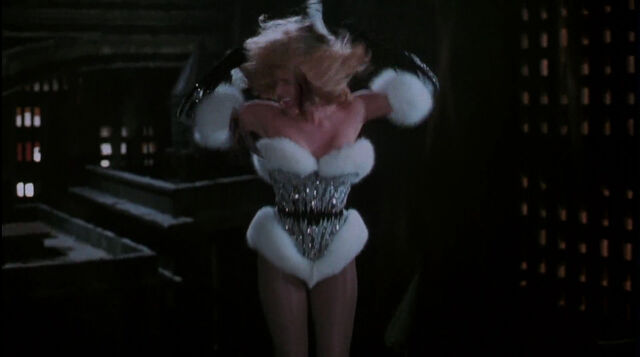 File:Batman-returns-disneyscreencaps.com-8986.jpg