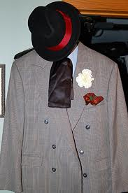 File:The Puzzler Costume.jpg