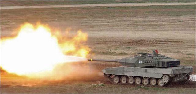 File:Leopard 2 Firing.jpg