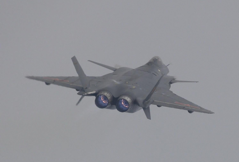 J 20 FileJ-20 Mighty Dragon