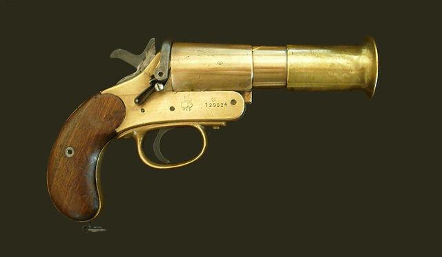 File:WW1 Flare Gun IRL.jpg
