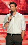 Steve Jones (presenter)