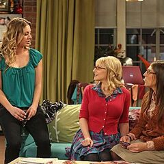 Penny telling the girls how Amy doesn't have a boyfriend, but she goes have a Sheldon.