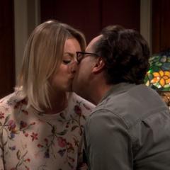 Make up kiss.
