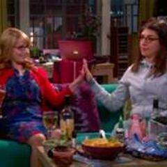 Amy and Bernadette grilling Penny on her leftover feelings for Leonard at their slumber party