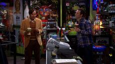 S6EP01 - Raj and Stuart at comic store