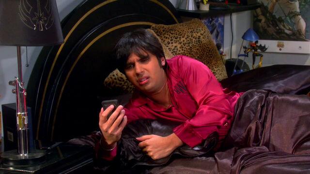 File:Raj sleeping at Mrs. Wolowitz's.jpg