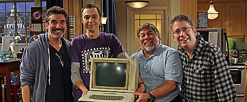 File:Steve Wozniak with the writers.jpg
