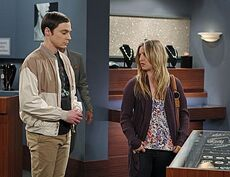 The shiny trinket maneuver Sheldon and Penny 2