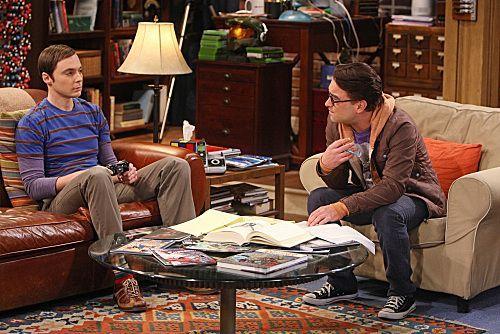 File:The shiny trinket maneuver Sheldon and Leonard.jpg