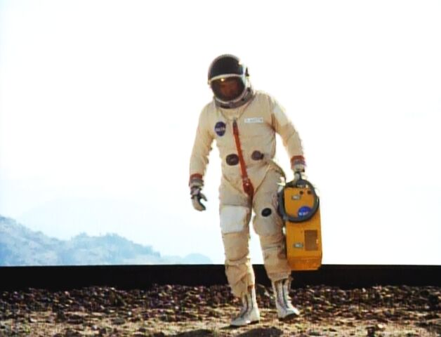 File:Population Zero - Steve in Space Suit.jpg