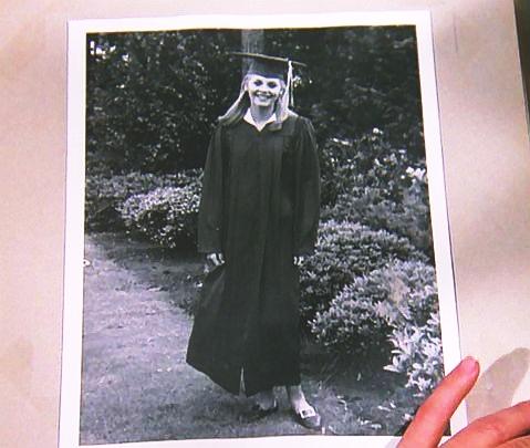 File:Graduation of Jaime.jpg