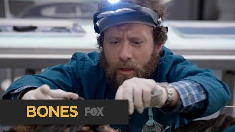 """BONES Getting To Know The Lab from """"The Movie in the Making"""" FOX BROADCASTING"""