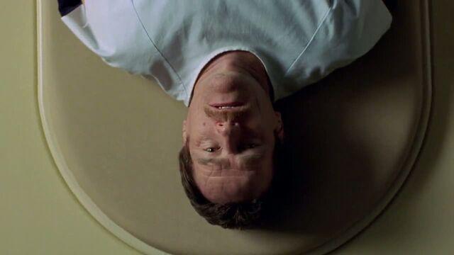 File:1x01 - Scanning Walt.jpg