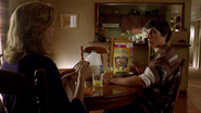 Walter Jr S01E14 raisin berry crunch