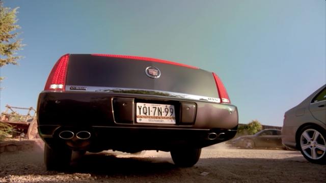 File:Cadillac DTS 3.png