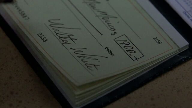 File:1x06 - Walt writes a cheque.jpg