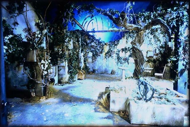 File:Buffy angel's mansion garden set design.jpg