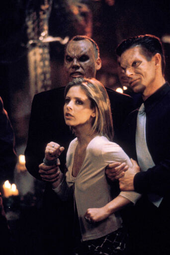 File:Buffy surprise episode still.jpg