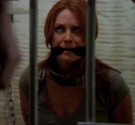 File:Justine cage.jpg