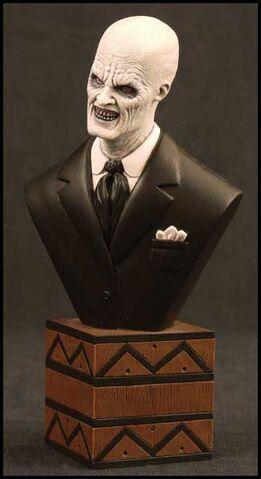 File:Gentlemen Bust.jpg