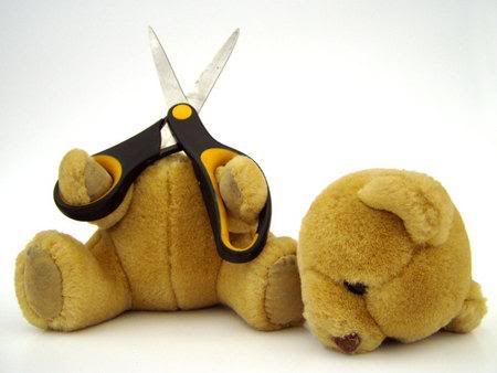 File:Suicide-bear-didnt-even-leave-a-not.jpg