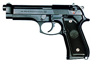 File:Personal Callofduty4 300px-M9-pistolet.jpg