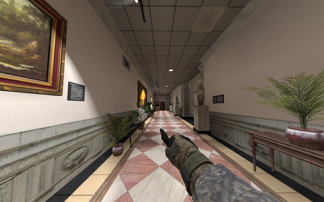 File:Sprinting with M9 one hand MW2.png