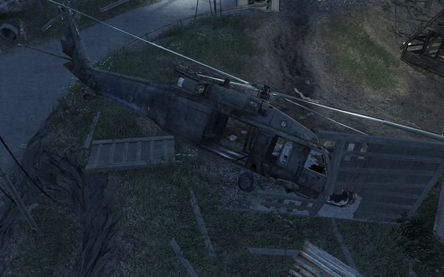 File:Crashed UH-60 Safehouse COD4.png