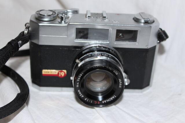 File:Cameras 016.jpg