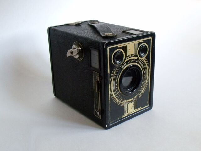 File:AGFA Ansco B-2 Shur-Shot (Regular).JPG