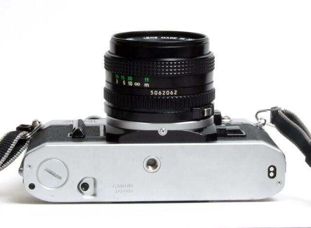 File:Canon AE-1 06.jpg