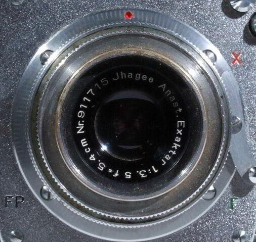 File:Exakta Varex IIb 04.JPG