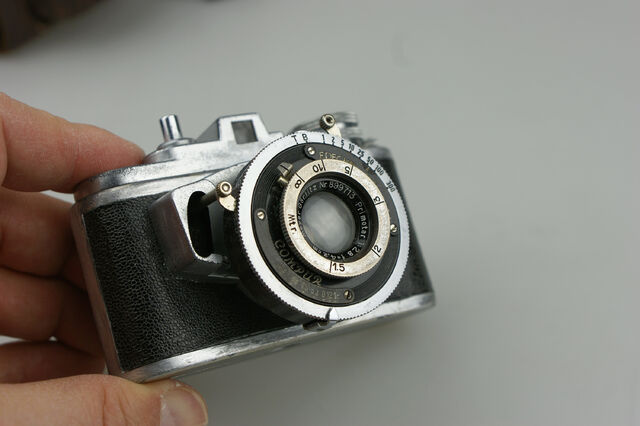 File:Photavit II Meyer Primotar f2,8-42,5mm Compur 6.jpg