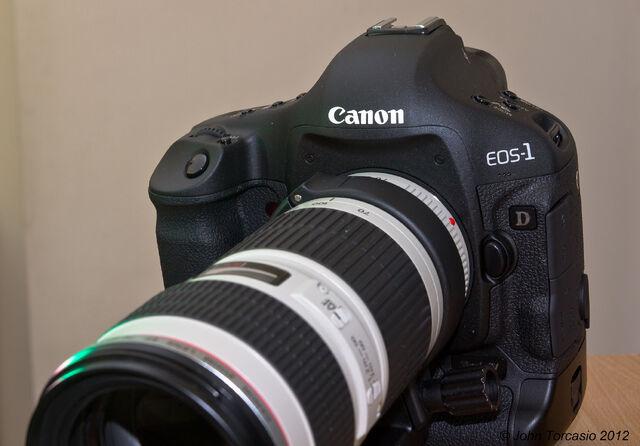 File:EOS 1D -1V.jpg