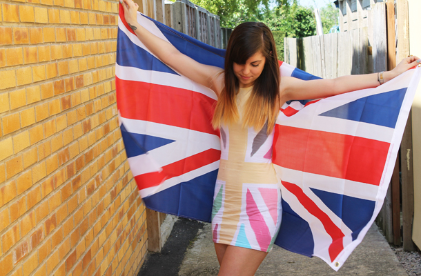 File:Motel union jack zoe dress 1.jpg