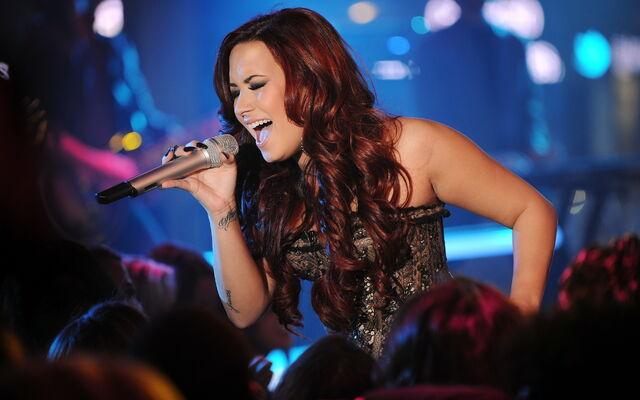 File:Demi-Lovato-demi-lovato-32789601-1920-1200.jpg